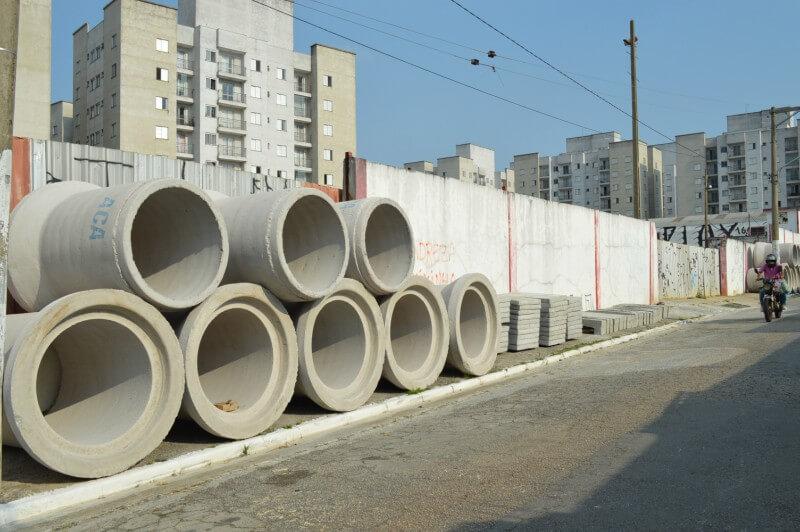 Obra da prefeitura está atrasada na região da Avenida Aricanduva