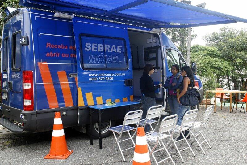 Unidade móvel do SEBRAE-SP estaciona na Zona Leste