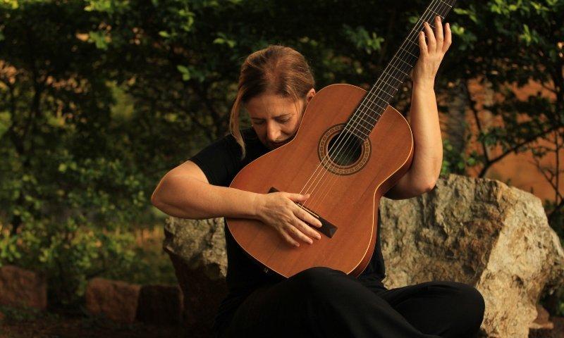 Cantora Consuelo de Paula se apresenta no Sesc Belenzinho - ZLN