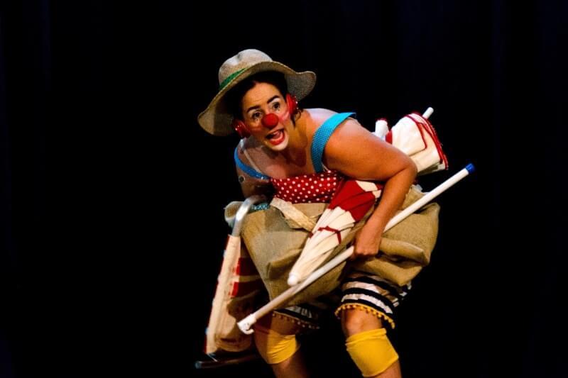 Dia de praia: Teatro na Mooca recebe espetáculo _Dia de Praia_ - ZLN